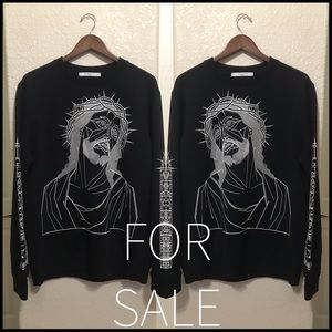 Givenchy stenciled Christ sweater